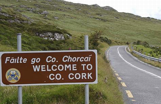 Welcome-to-County-Cork.-Sign..jpg